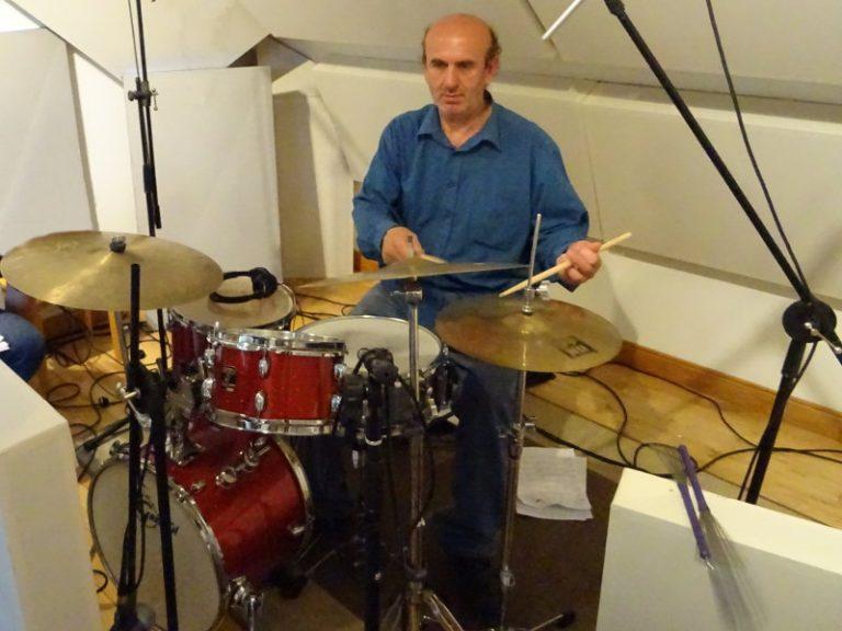 Charlie - Jazz Drummer