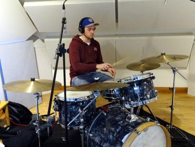 Andrew Samson - Drums
