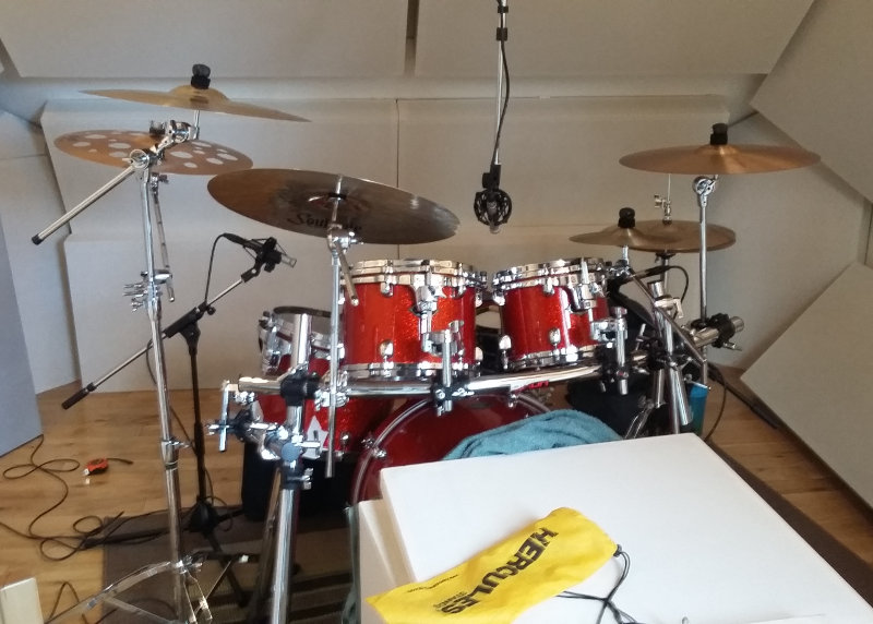 Drum overhead mics recording - Jennifer Clark studio