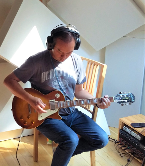 Hugh Watson recording guitar at Jennifer Clark's studio